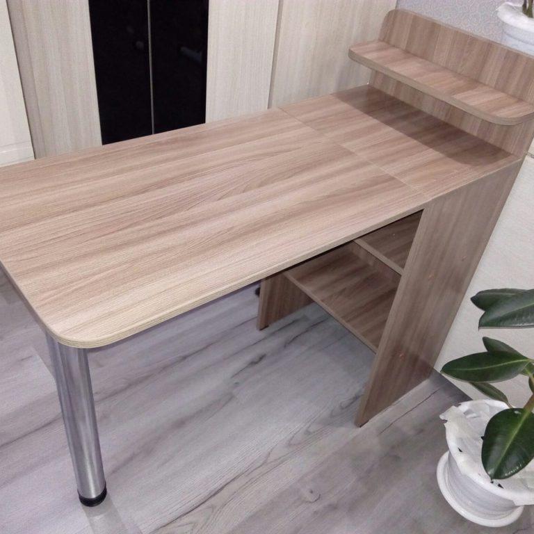 универсальный маникюрный стол